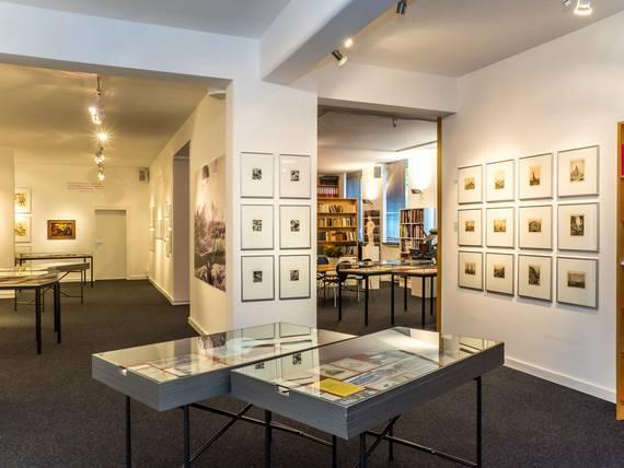 """Kunst Archiv Darmstadt, Ausstellung """"Nie wieder Krieg"""", 2016"""